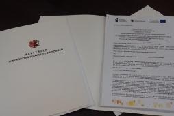Umowy o dofinansowanie FBiW i VB